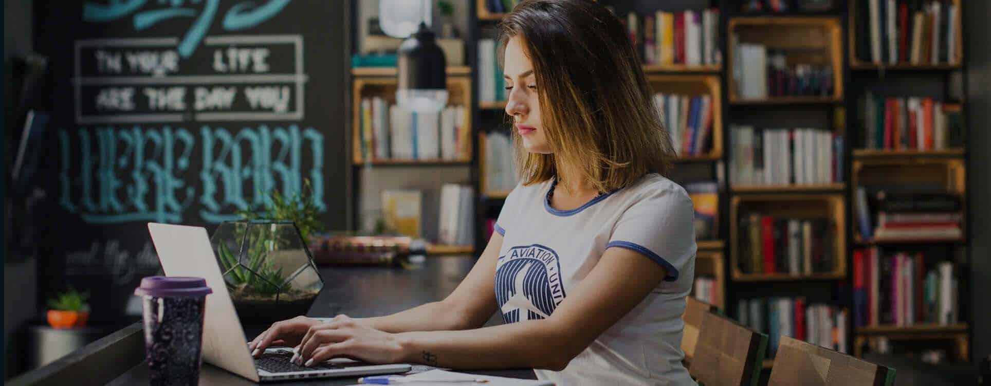 منح تعلم اللغة التركية مجانا عبر الانترنت من معهد Yunus Emre