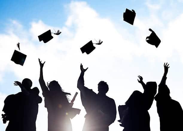 المنح الدراسية المقدمة للمصريين حول العالم لهذا العام 2021