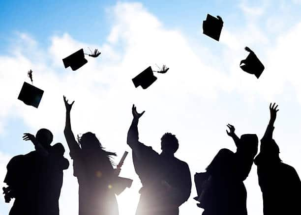 منح الجامعة الروسية لطلاب الثانوية العامة من الجامعات العالمية 2022